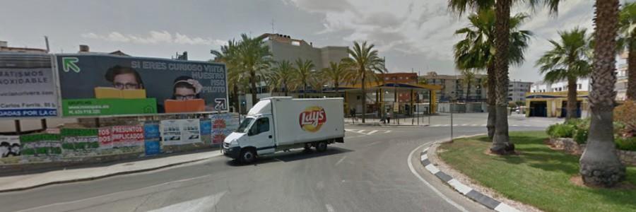 Valla publicitaria Catarroja (Entrada. Junto gasolinera)