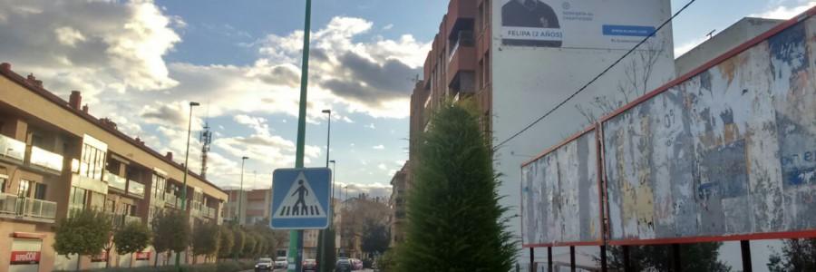 Medianera Eliana. Publicidad exterior.